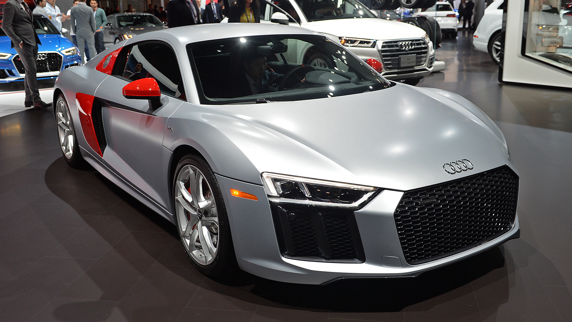 Watch 2017 Audi R8 Coupe Sport Edition Revealed In New